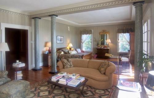 $1.9 Million Greek Revival Estate in North Carolina 5