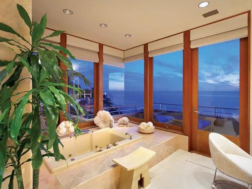 $29.9 Million Luxurious Oceanfront Retreat in Laguna Beach California 10
