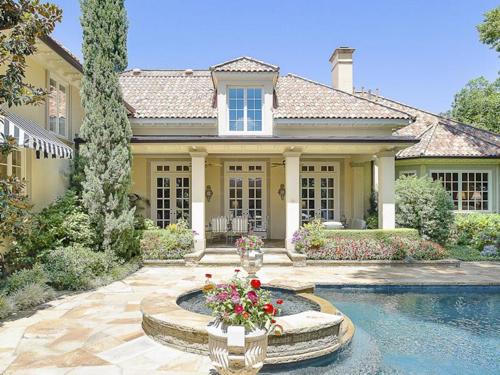$7.2 Million Majestic Mediterranean Estate in Dallas Texas 4