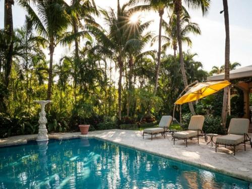 $9.9 Million Mediterranean Mansion in Palm Beach Florida 10