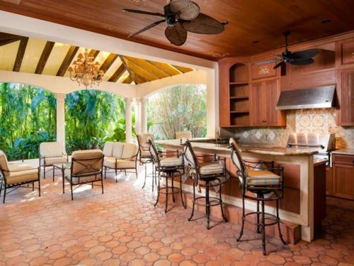 $9.9 Million Mediterranean Mansion in Palm Beach Florida 8