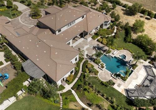 Exquisite Vineyard Estate in California 3