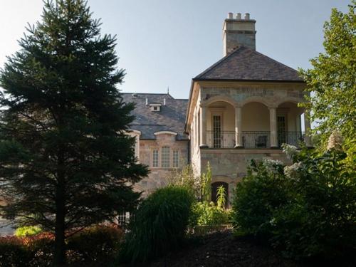 Majestic Estate in Barrington Hills Illinois 9