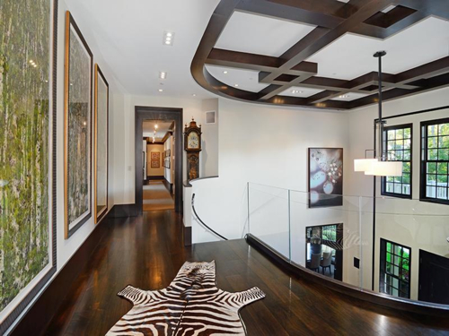 $13.5 Million Sophisticated Mansion in New York 11