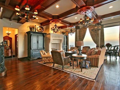 $16.9 Million Italian Oceanfront Mansion in California 2