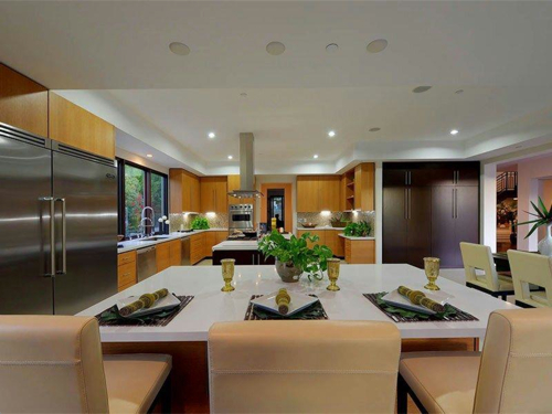 $5.8 Million Contemporary Estate in Los Angeles California 17