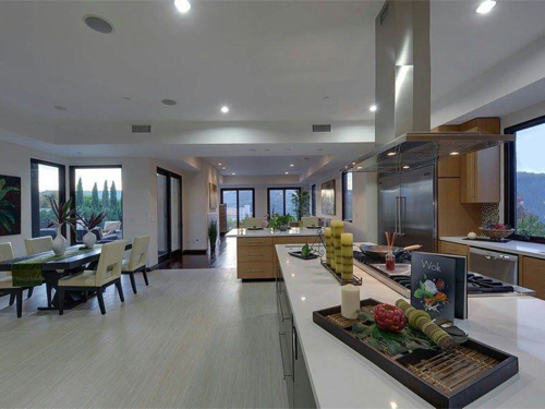 $5.8 Million Contemporary Estate in Los Angeles California 18