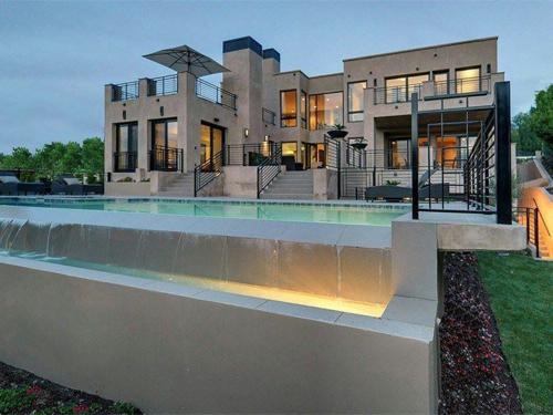 $5.8 Million Contemporary Estate in Los Angeles California