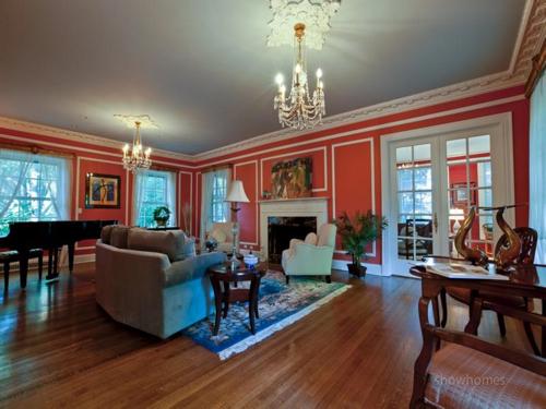 $1.9 Million Classic Estate in Evanston Illinois 5