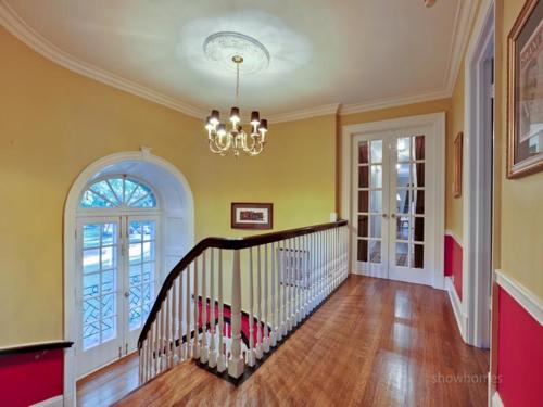 $1.9 Million Classic Estate in Evanston Illinois 8