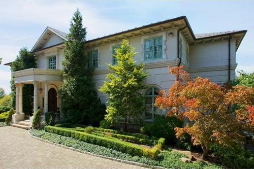 $14 Million Limestone Mansion in Alpine New Jersey 2