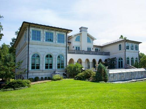 $14 Million Limestone Mansion in Alpine New Jersey