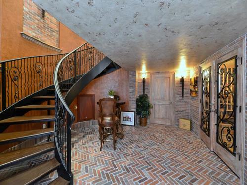 $16.5 Million Italian Mansion in Florida 9