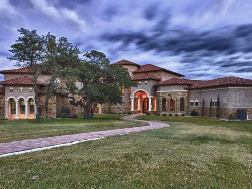 $4 Million Luxurious Country Estate in Texas 12