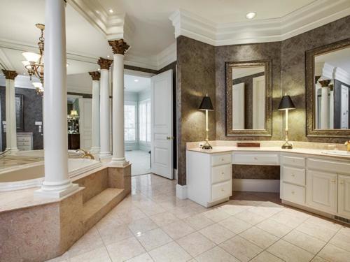 $4.2 Million Incredible Family Estate in Dallas Texas 8