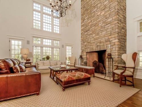 $4.8 Million Georgian Colonial in Greenwich Connecticut 5