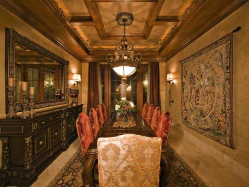 $7.9 Million Elegant Tuscan Estate in California 5