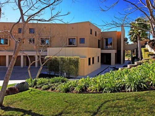 $8.8 Million Modern Estate in Rancho Santa Fe California 3
