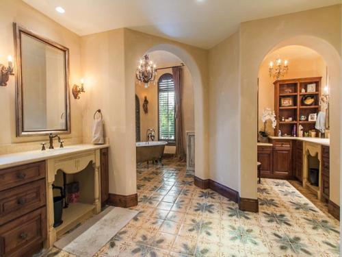 $5.5 Million Tuscan Villa in Colorado 13