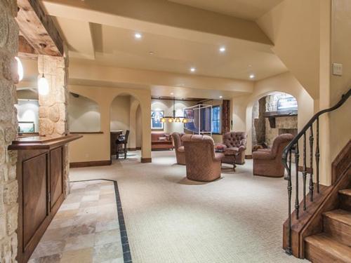 $5.5 Million Tuscan Villa in Colorado 16