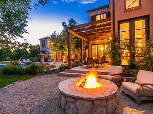 $5.5 Million Tuscan Villa in Colorado 18