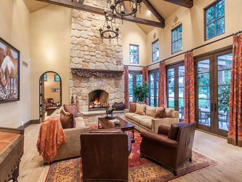 $5.5 Million Tuscan Villa in Colorado 5