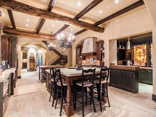 $5.5 Million Tuscan Villa in Colorado 9