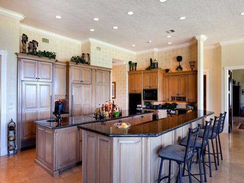 $7.9 Million Gated Waterfront Mansion in Sarasota Florida 10