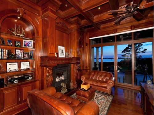 $7.9 Million Gated Waterfront Mansion in Sarasota Florida 11
