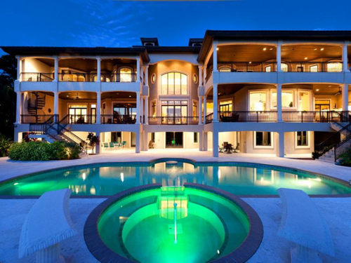 $7.9 Million Gated Waterfront Mansion in Sarasota Florida