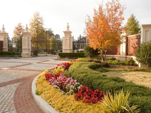 $15 Million Gated Custom Mansion in Georgia 3