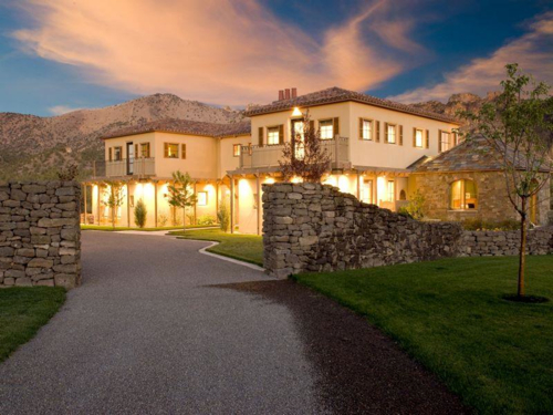 $2.9 Million Renaissance Inspired Villa in Oregon 4