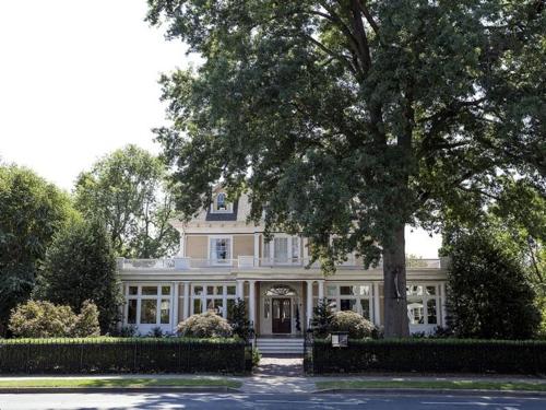 $3.2 Million Restored Victorian Mansion in Easton Maryland 14