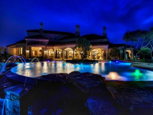 $3.9 Million Mountain Masterpiece Mansion in Texas 5