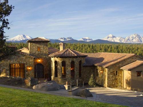 $4.9 Million Mediterranean Mansion in Oregon