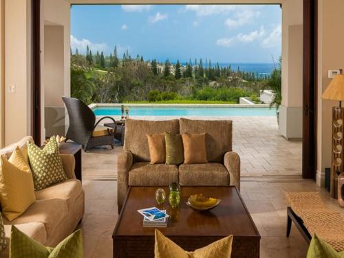 $5.2 Million Harmonious Private Estate in Hawaii 3
