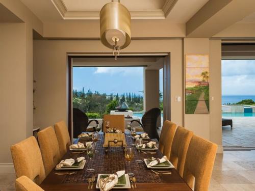 $5.2 Million Harmonious Private Estate in Hawaii 6