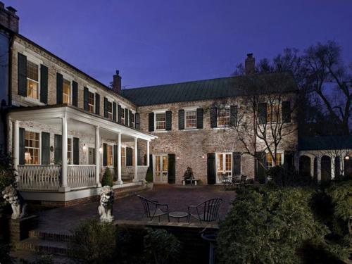 $5.8 Million Historic Estate in Virginia