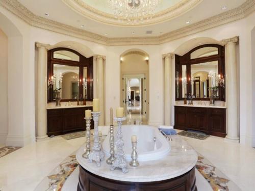 $5.9 Million Resort Inspired Mansion in Houston Texas 12