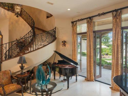 $6.2 Million Fabulous Mediterranean Estate in Texas 4