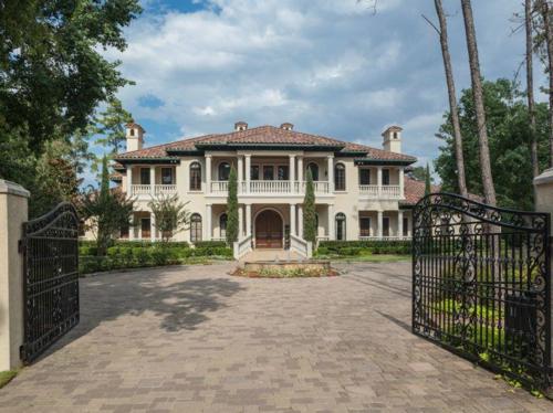$6.2 Million Fabulous Mediterranean Estate in Texas