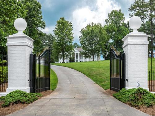 $1.8 Million Greek Revival Mansion in Alpharetta Georgia 2