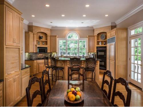 $1.8 Million Greek Revival Mansion in Alpharetta Georgia 9