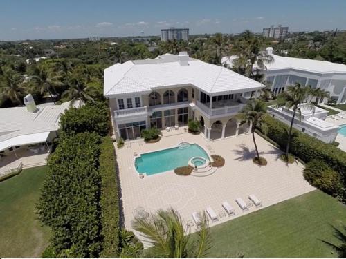 $13.4 Million Gated Elegant Estate in Delray Beach Florida 16