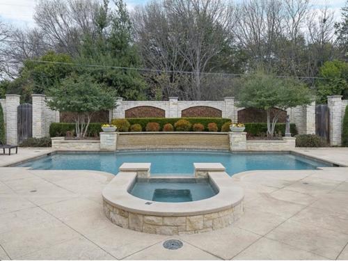 $3.4 Million Luxurious Stone Estate in Texas 15