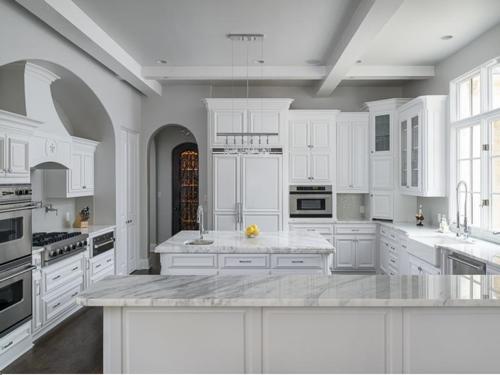 $3.4 Million Luxurious Stone Estate in Texas 8