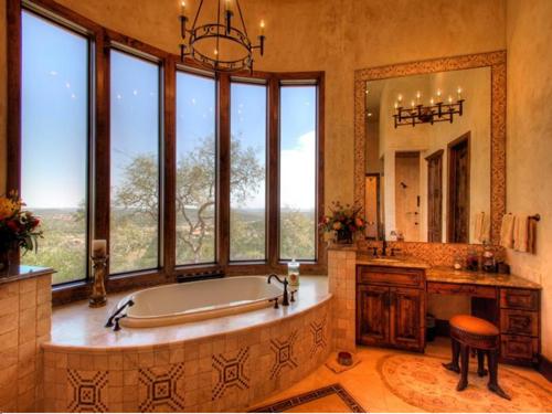 $3.9 Million Mansion Masterpiece in Texas 9