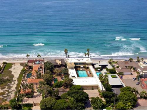 $39.5 Million Magnificent Oceanfront Estate in Del Mar California 11