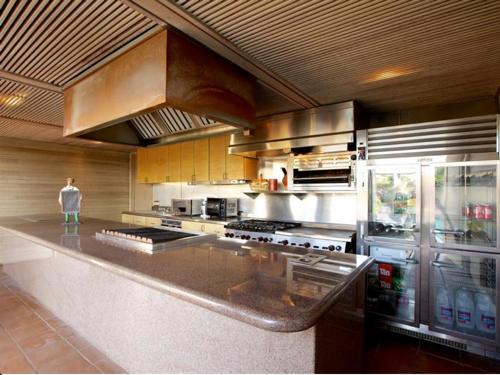 $39.5 Million Magnificent Oceanfront Estate in Del Mar California 6