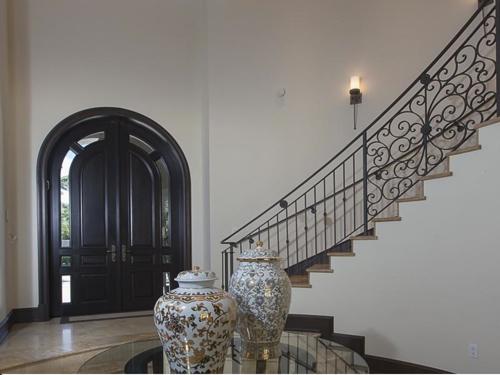$5.4 Million Elegant Mansion in Pinecrest Florida 3